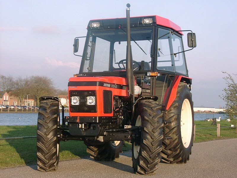 traktori zetor